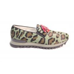 Slip on camouflage