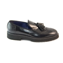 Brushed leather tassel loafers