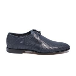 Derbies in perforated leather