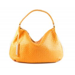 Shoulder bag in woven leather