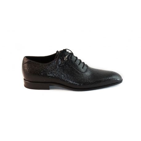 Oxford shoes patent leather