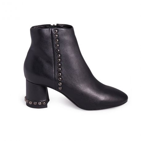 Accessorized leather boots