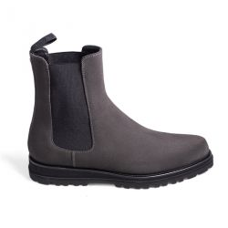 Rubber sole boot